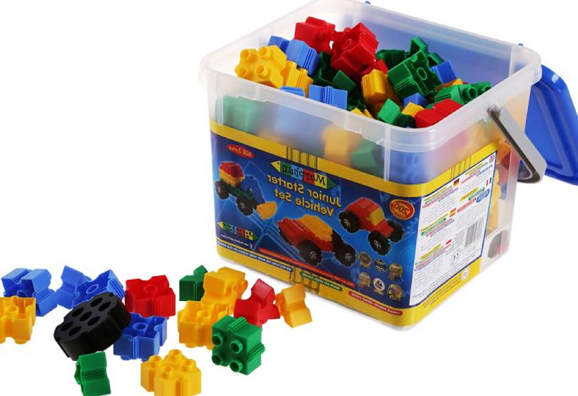 Детски конструктори – какви умения реализират у децата